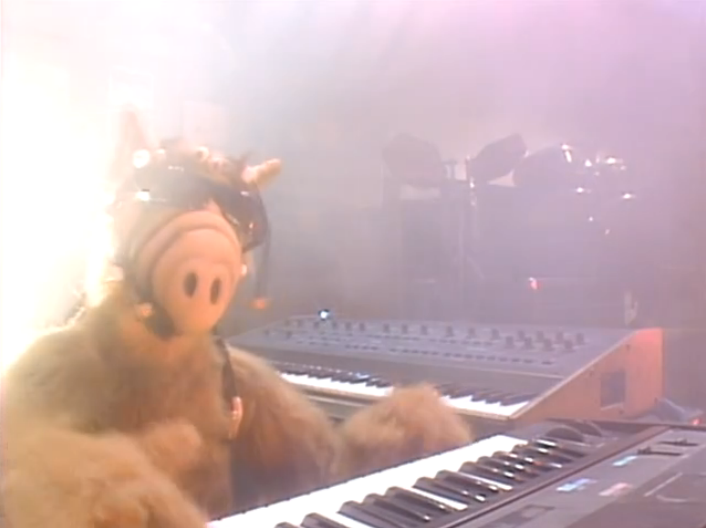 "ALF, ""Don't It Make Your Brown Eyes Blue?"""