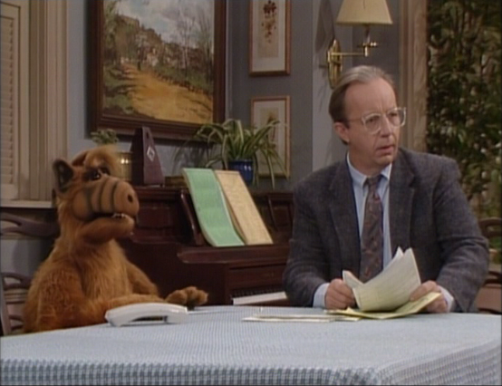"ALF Reviews: ""We Are Family"" (season 2, episode 24)"