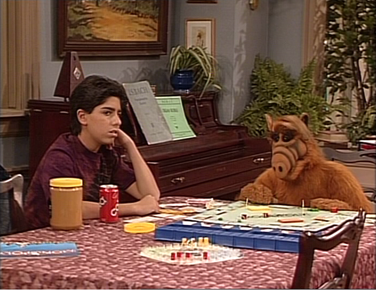 "ALF Reviews: ""Standing in the Shadows of Love"" (season 3, episode 18)"