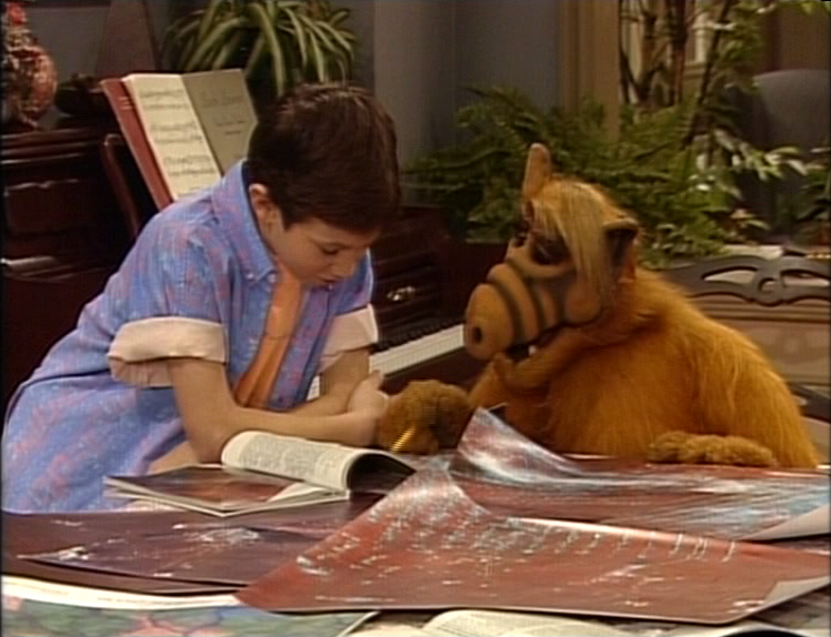 "ALF Reviews: ""Stayin' Alive"" (season 4, episode 21)"