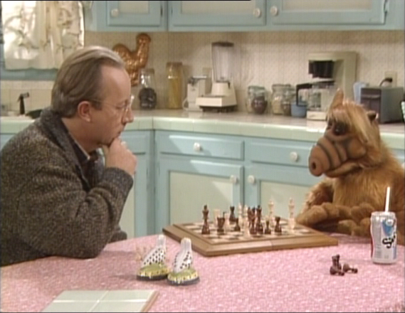 """ALF Reviews: """"We Gotta Get Out of This Place"""" (season 2, episode 18)"""