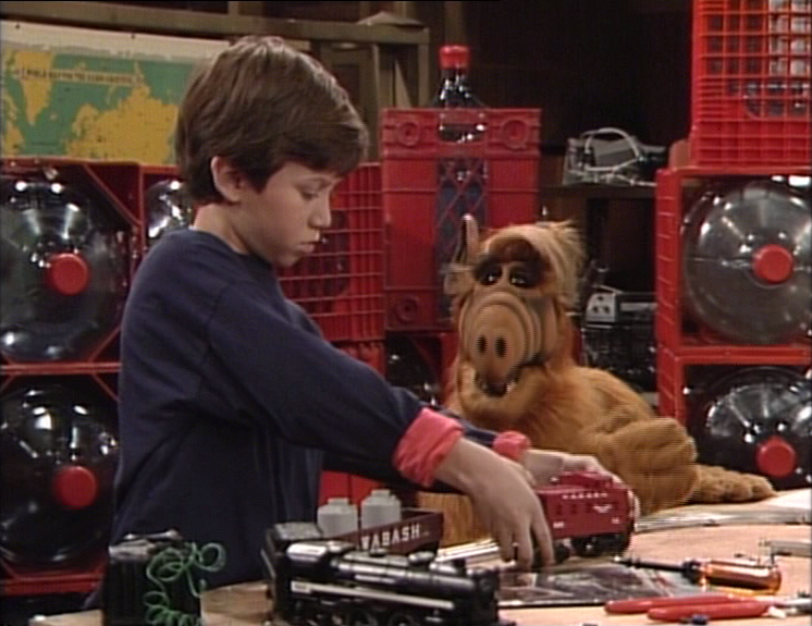 ALF Reviews: Shake, Rattle and Roll (season 3, episode