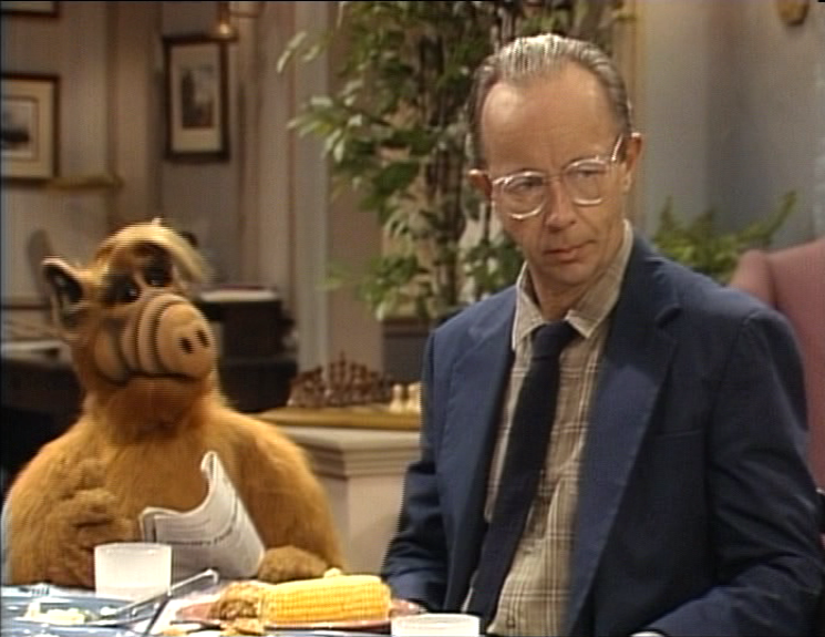 """ALF Reviews: """"The First Time I Ever Saw Your Face"""" (season 4, episode 8)"""